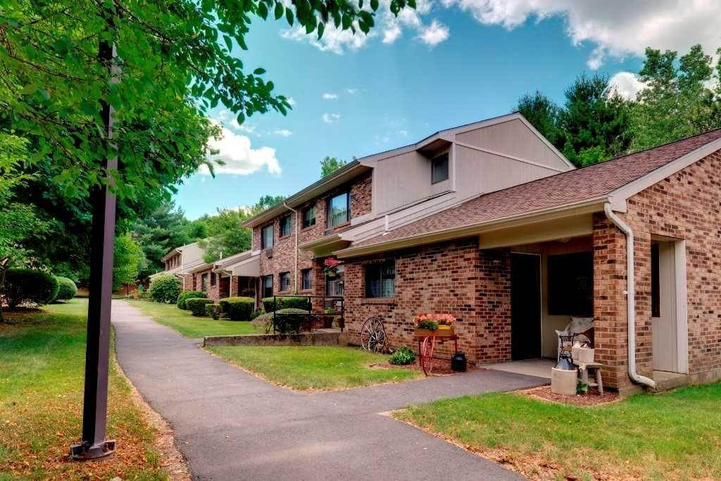 6. Multi Family for Rent at 12 Wolf Hill Road Waterbury, Connecticut 06702 United States