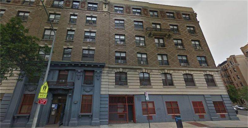 Multi Family for Rent at 1018 E 163rd Street Bronx, New York 10459 United States