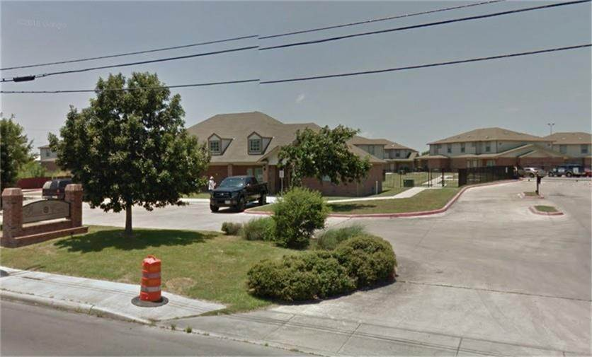 Multi Family for Rent at 403 N General Mc Mullen Drive San Antonio, Texas 78237 United States