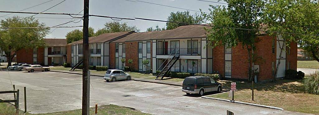 Multi Family for Rent at 2500 E Wallisville Road Highlands, Texas 77562 United States