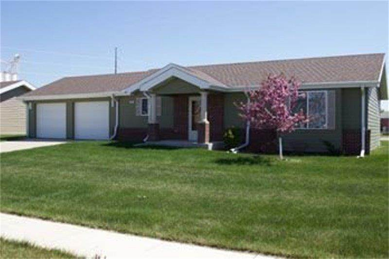 Single Family Homes for Rent at 800 W 25th Street South Sioux City, Nebraska 68776 United States