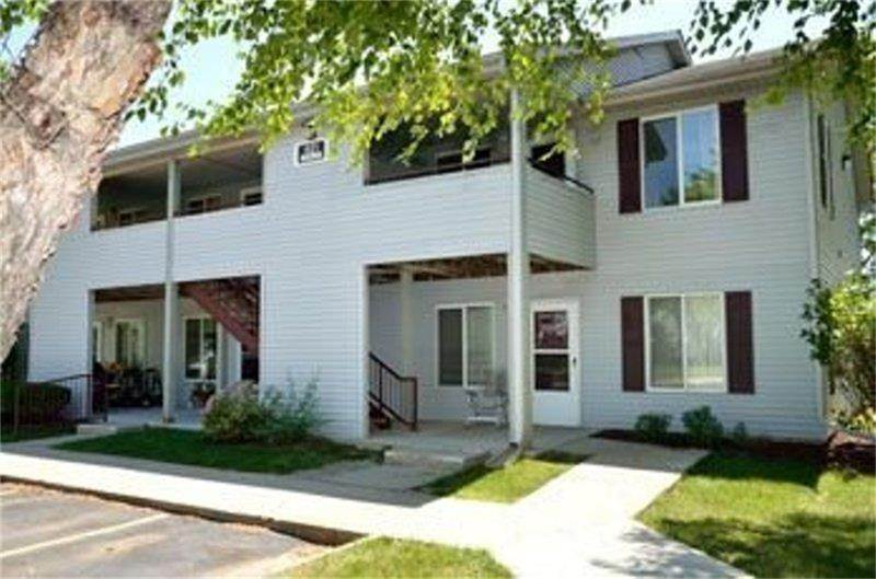 Multi Family for Rent at 821 South 13th Avenue Newton, Iowa 50208 United States