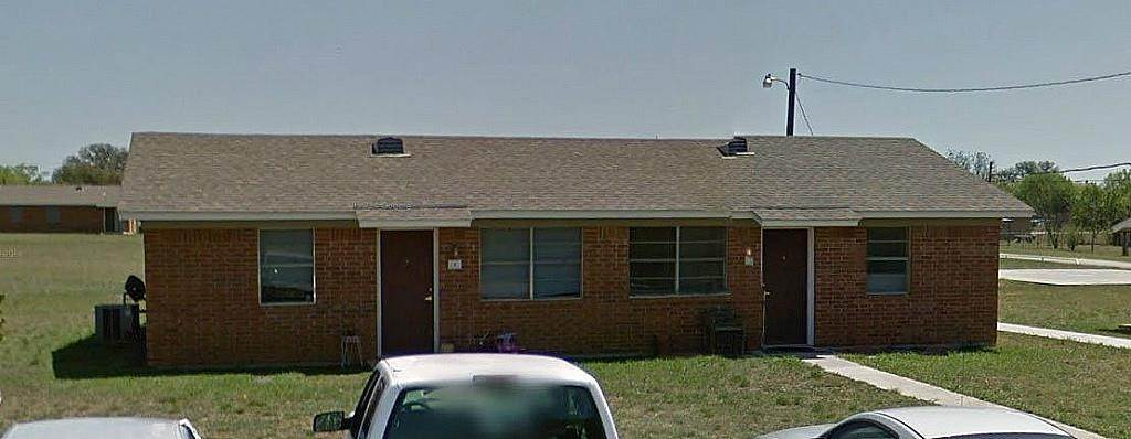 Multi Family for Rent at 621 Jefferson Street Santa Anna, Texas 76878 United States