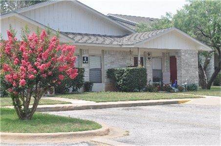 Multi Family for Rent at 1100 Haynie Llano, Texas 78643 United States
