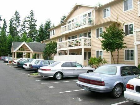 Multi Family for Rent at 14520 NE 40th Street Bellevue, Washington 98007 United States