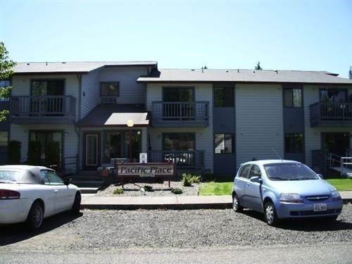 Multi Family for Rent at 208 Central Avenue South Bend, Washington 98586 United States