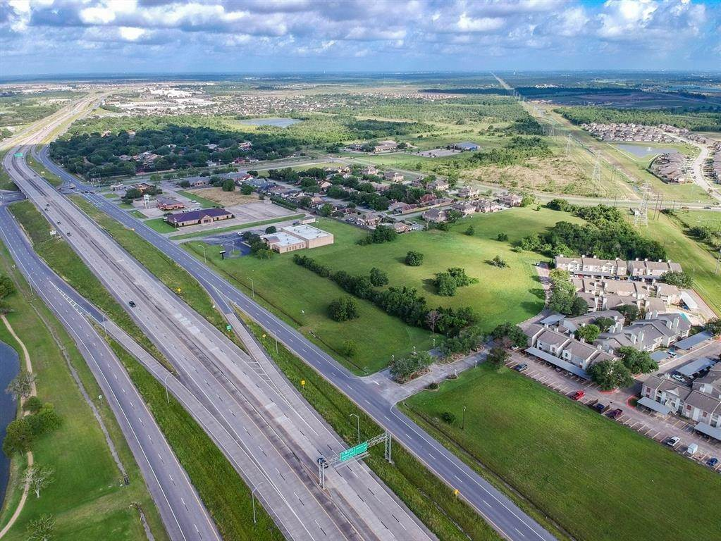 Land for Sale at 7720 Emmett F Lowry Expressway Texas City, Texas 77591 United States