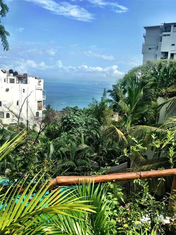 Condo / Townhouse for Rent at 103 Cerradas Del Los Pinos Puerto Vallarta, Other Areas In Mexico 48351 Mexico