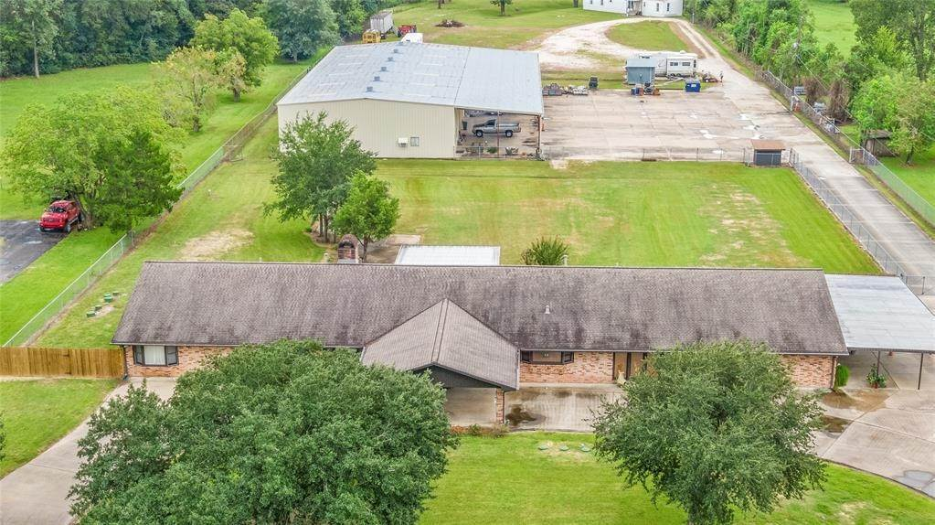Single Family for Sale at 510 Barbers Hill Road #1 510 Barbers Hill Road Highlands, Texas 77562 United States