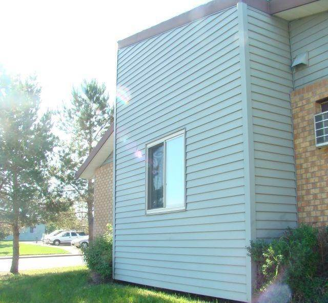 Multi Family for Rent at 1017 Meadows Drive Dickinson, North Dakota 58601 United States