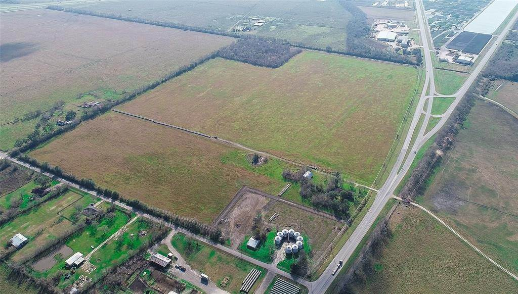 Land for Sale at 21131 Fm 521 Road Angleton, Texas 77515 United States