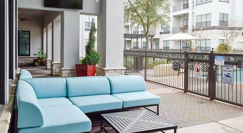 17. High or Mid-Rise Condo for Rent at 13801 N Napoli Dr #6110 13801 N Napoli Dr Houston, Texas 77070 United States