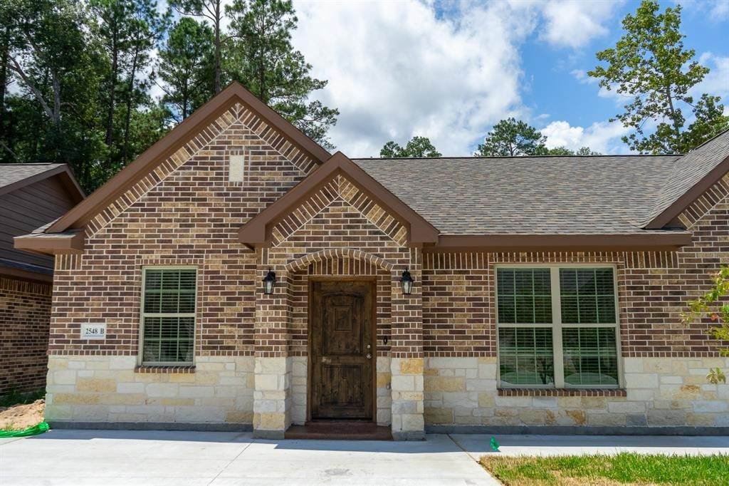 Condo / Townhouse for Rent at 2606 Appian Way #2548 B 2606 Appian Way New Caney, Texas 77357 United States