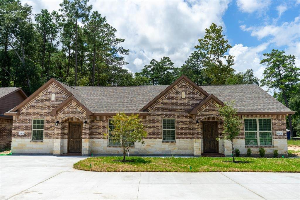 2. Condo / Townhouse for Rent at 2606 Appian Way #2548 B 2606 Appian Way New Caney, Texas 77357 United States