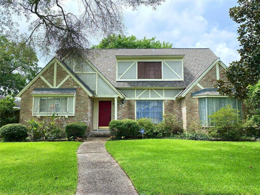 Single Family for Sale at 4202 Meadowbank Drive Taylor Lake Village, Texas 77586 United States