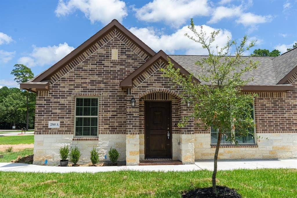 Condo / Townhouse for Rent at 2606 Appian Way #2560 A 2606 Appian Way New Caney, Texas 77357 United States