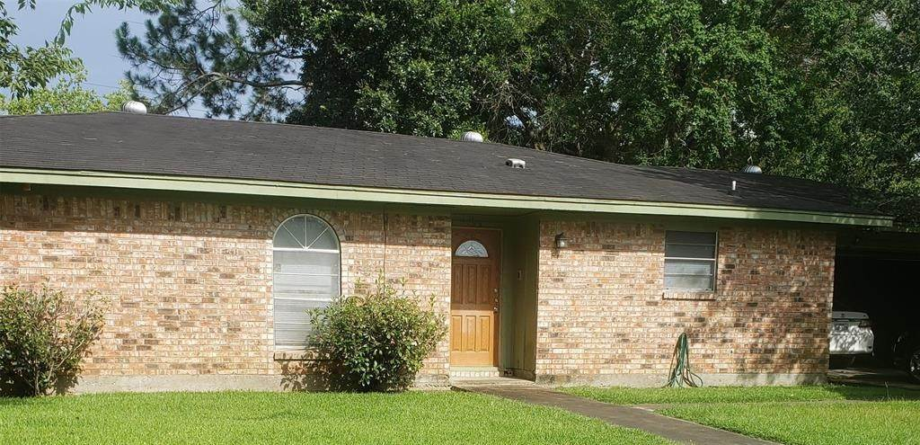 Single Family for Sale at 1136 N 4th Street Silsbee, Texas 77656 United States