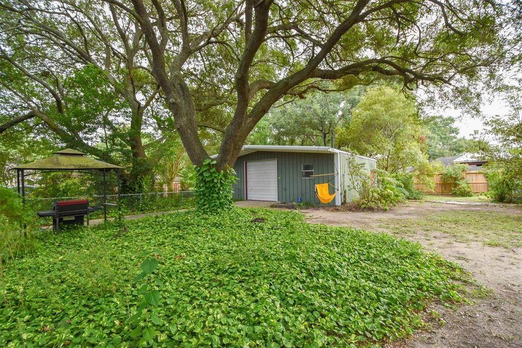 Single Family for Sale at 2605 Luella Avenue Deer Park, Texas 77536 United States
