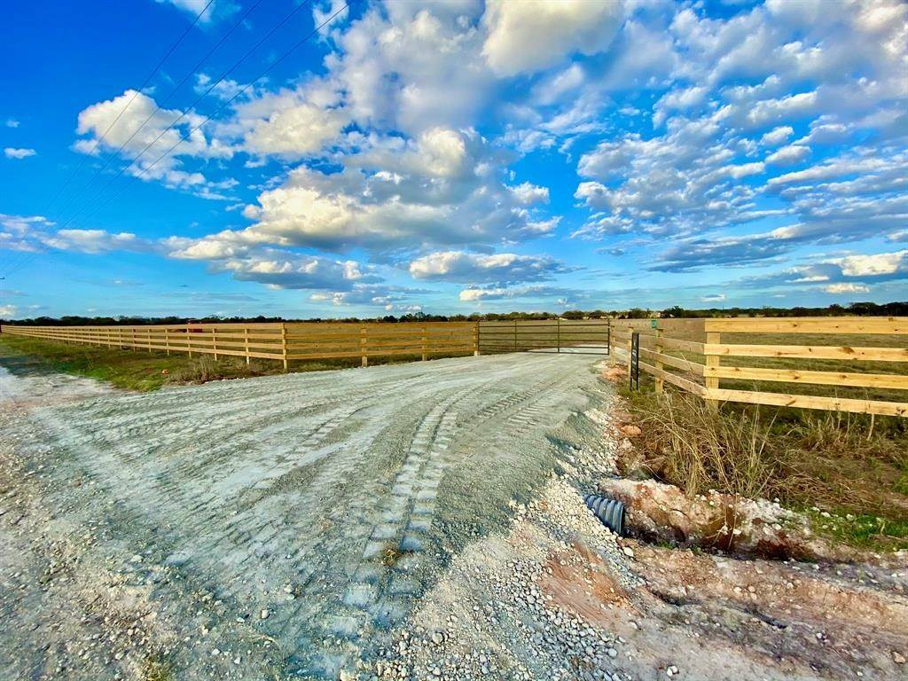 Farm and Ranch Properties for Sale at 8309 South Hickory Loop Calvert, Texas 77837 United States