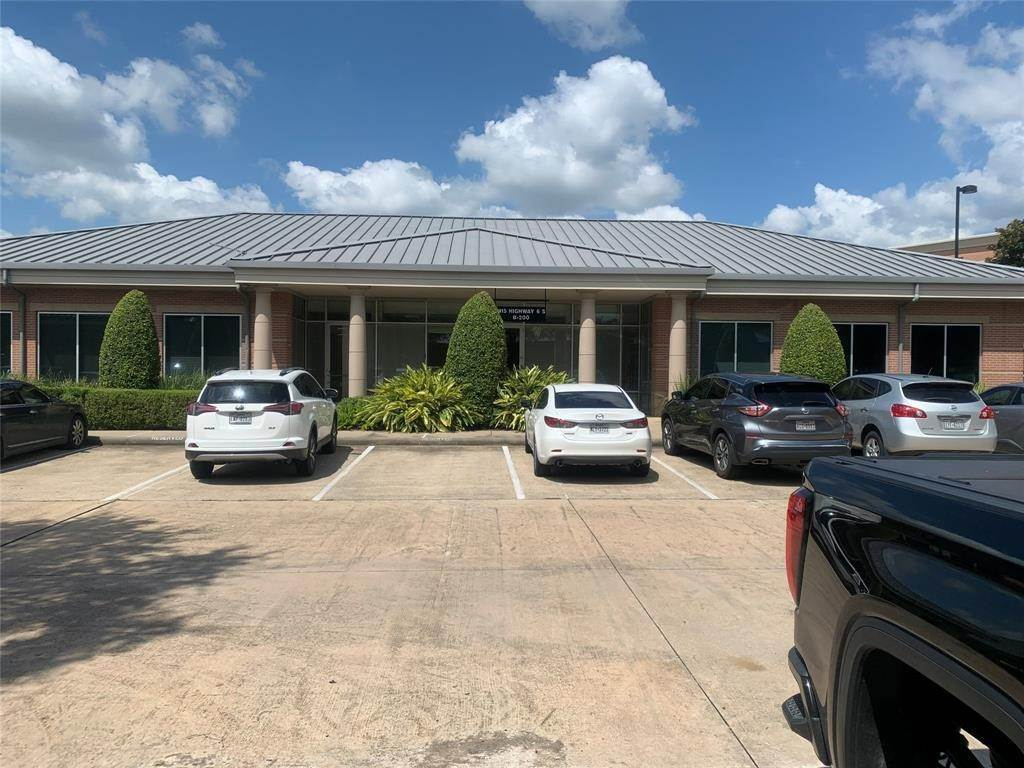 Condo / Townhouse for Rent at 1415 Highway 6 B #B -2 1415 Highway 6 B Sugar Land, Texas 77478 United States