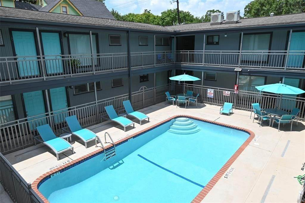 7. Multi Family for Rent at 311 Hawthorne Street #12 311 Hawthorne Street Houston, Texas 77006 United States