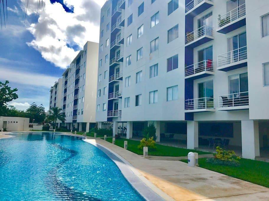 High or Mid-Rise Condo for Sale at 40 Avenida Tikal Avenue #502 40 Avenida Tikal Avenue Cancun, Quintana Roo 77500 Mexico