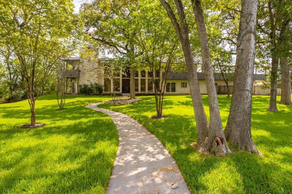 Single Family for Sale at 2714 Broadmoor Drive Bryan, Texas 77802 United States