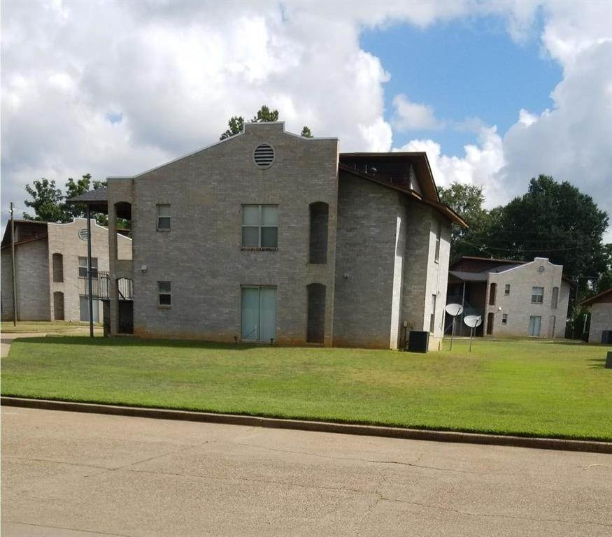 Multi Family for Rent at 1305 School Street Ringgold, Louisiana 71068 United States