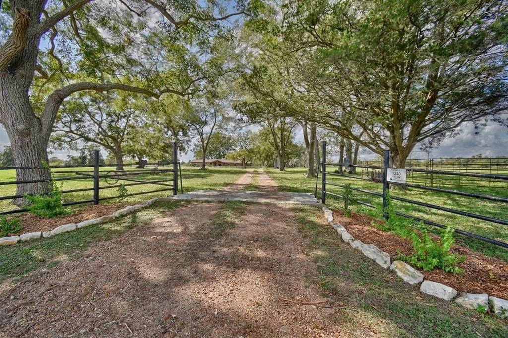 Farm and Ranch Properties for Sale at 1240 County Road 204 Weimar, Texas 78962 United States