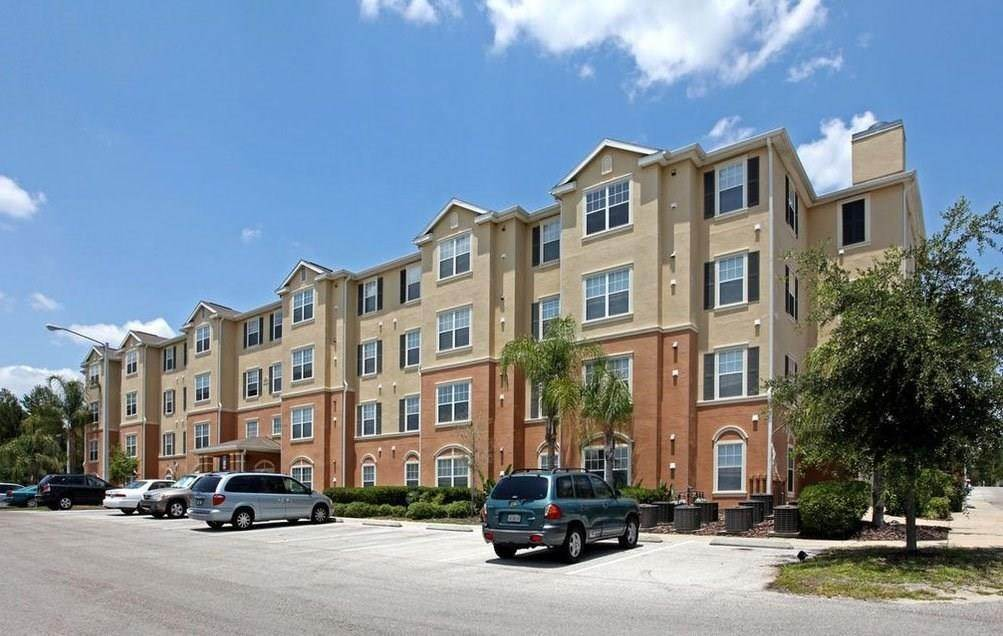 Multi Family for Rent at 2400 Silver Pointe Circle Leesburg, Florida 34748 United States