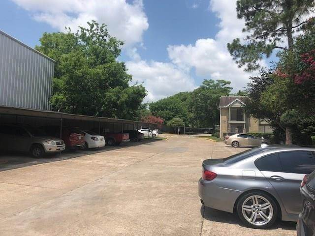 4. Condo / Townhouse for Rent at 2800 Jeanetta Street #2004 2800 Jeanetta Street Houston, Texas 77063 United States
