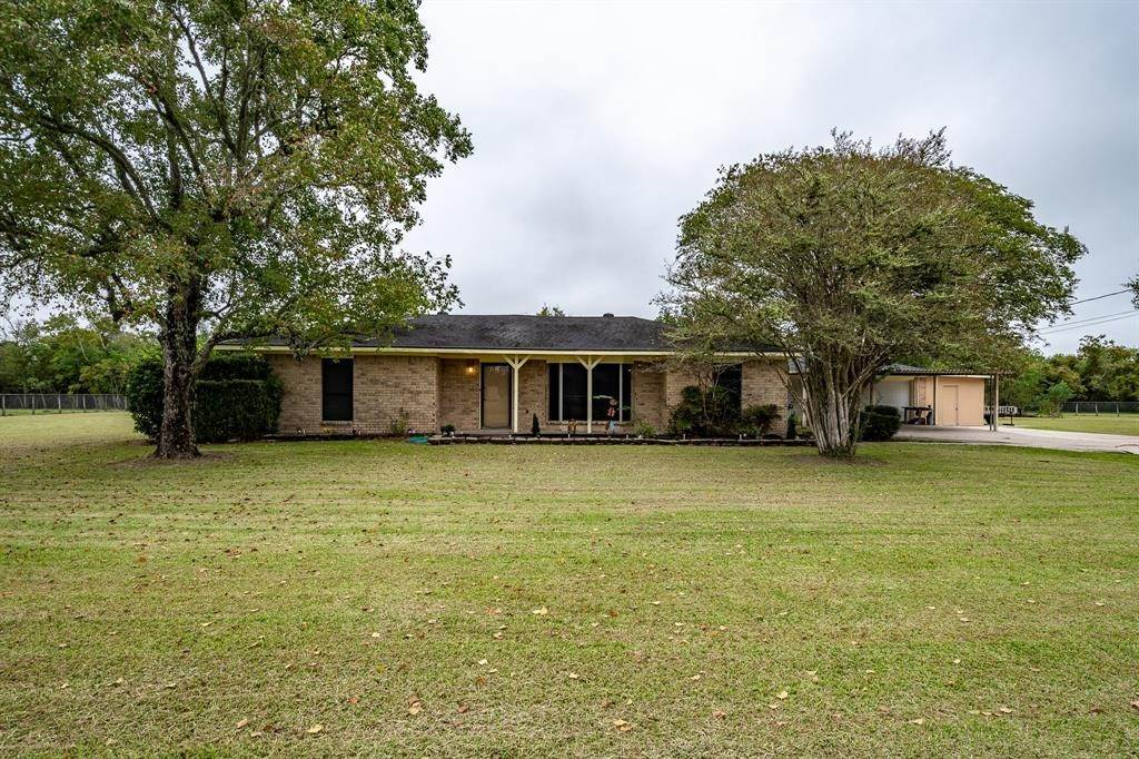 Single Family for Sale at 8503 Beach Haven Road Beach City, Texas 77523 United States