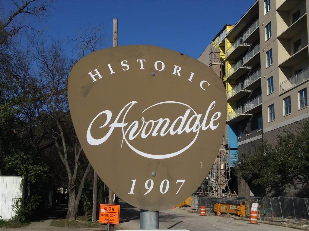 13. Single Family Homes for Rent at 105 Avondale Street #5 105 Avondale Street Houston, Texas 77006 United States