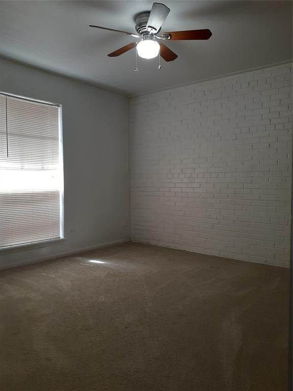 7. Single Family Homes for Rent at 105 Avondale Street #5 105 Avondale Street Houston, Texas 77006 United States