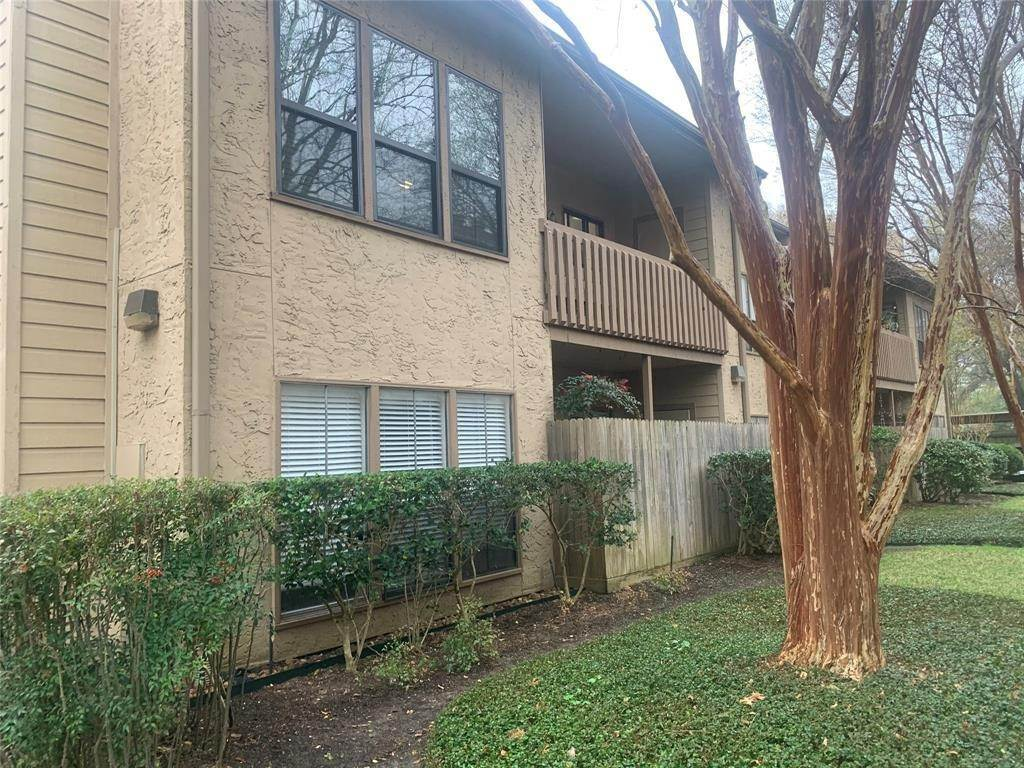 Condo / Townhouse for Rent at 5100 Milwee Street #123 5100 Milwee Street Houston, Texas 77092 United States
