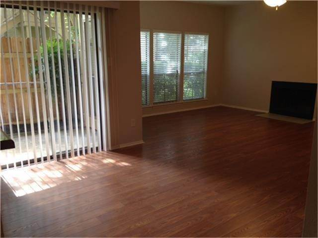 7. Condo / Townhouse for Rent at 5100 Milwee Street #123 5100 Milwee Street Houston, Texas 77092 United States