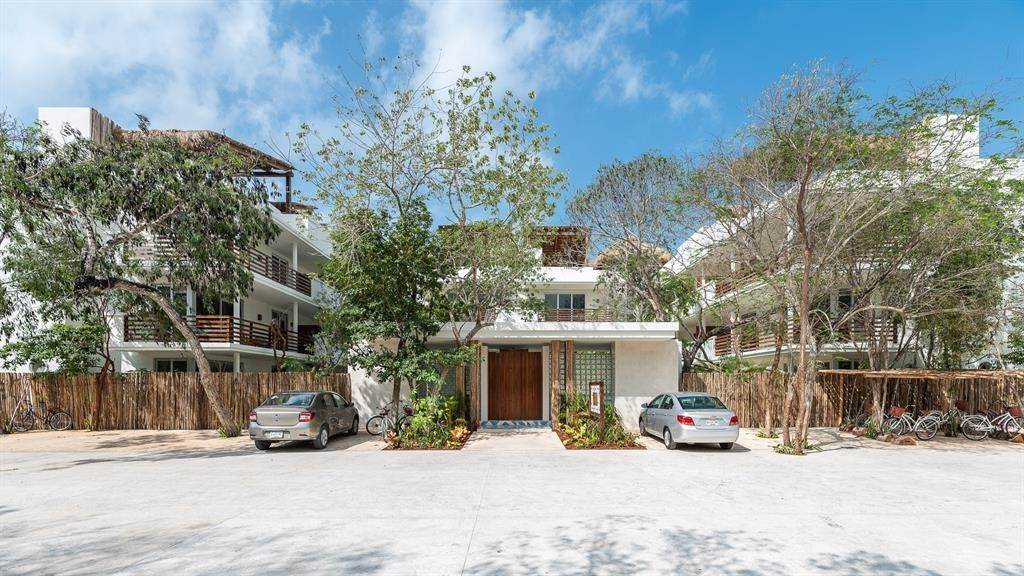 High or Mid-Rise Condo for Sale at 0 Residencial Boca Zama #305 0 Residencial Boca Zama Other Mexico, Mexico 77730 Mexico