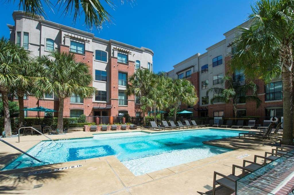 26. High or Mid-Rise Condo for Rent at 3616 Richmond Avenue #2119 3616 Richmond Avenue Houston, Texas 77046 United States