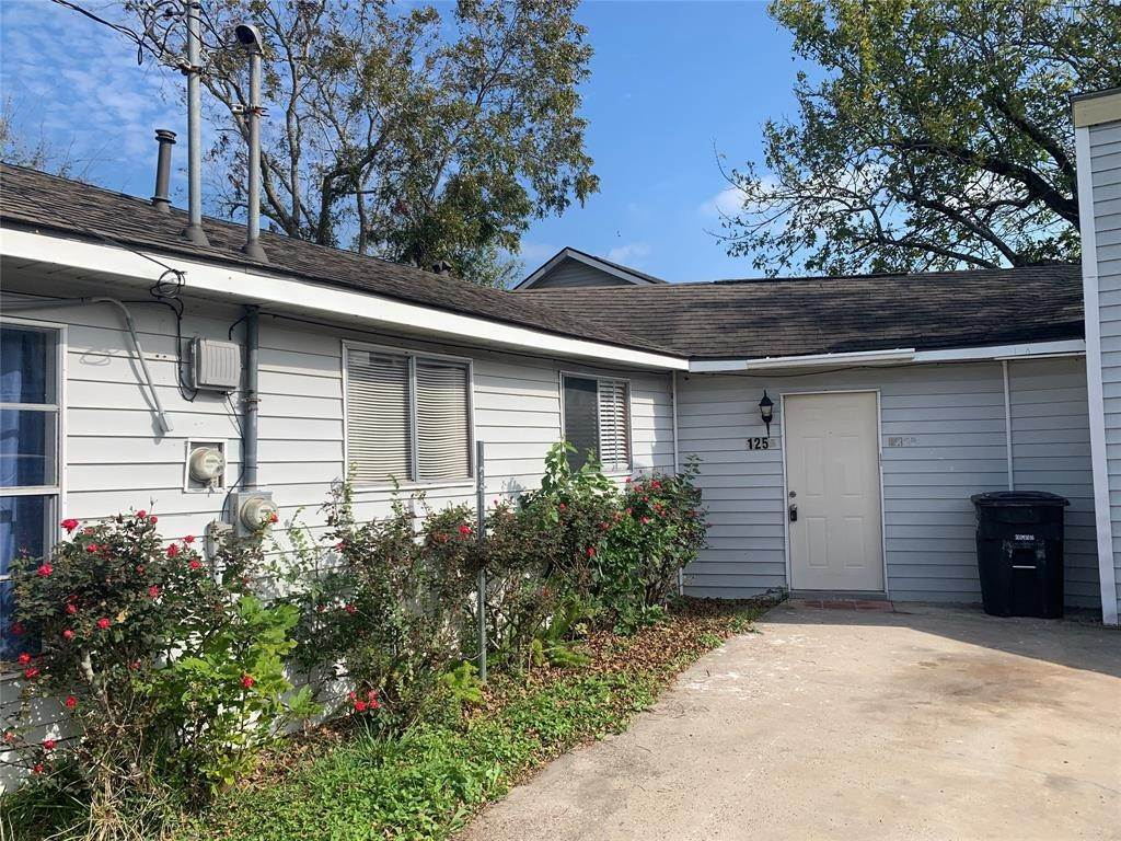 Multi Family for Rent at 125 3rd Street San Leon, Texas 77539 United States
