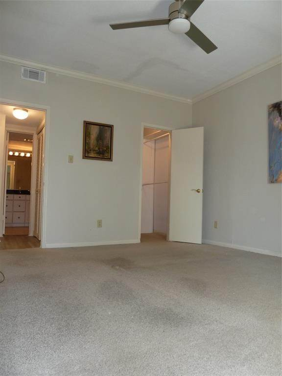 8. Condo / Townhouse for Rent at 2100 Tanglewilde Street #216 2100 Tanglewilde Street Houston, Texas 77063 United States