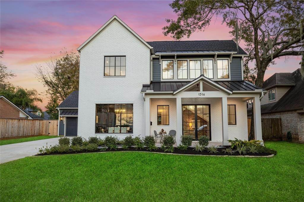 Single Family for Sale at 1314 Beutel Drive Spring Valley Village, Texas 77055 United States