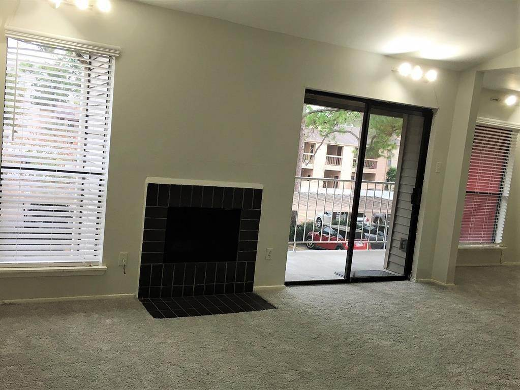6. Condo / Townhouse for Rent at 2025 Augusta Drive #804 2025 Augusta Drive Houston, Texas 77057 United States