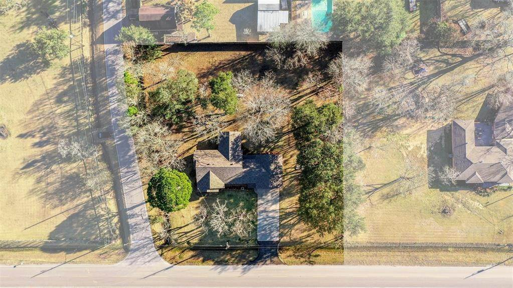 Single Family for Sale at 3708 Fig Orchard Road Highlands, Texas 77562 United States