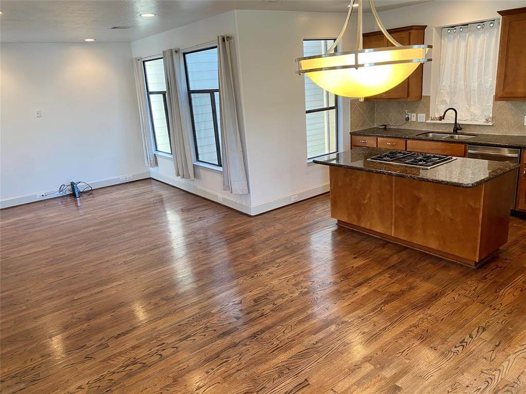 10. Condo / Townhouse for Rent at 2816 Rusk Street Houston, Texas 77003 United States