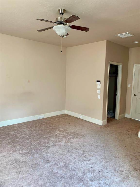 27. Condo / Townhouse for Rent at 2816 Rusk Street Houston, Texas 77003 United States