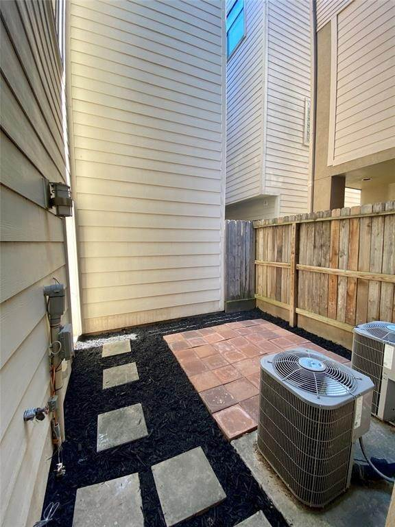 34. Condo / Townhouse for Rent at 2816 Rusk Street Houston, Texas 77003 United States
