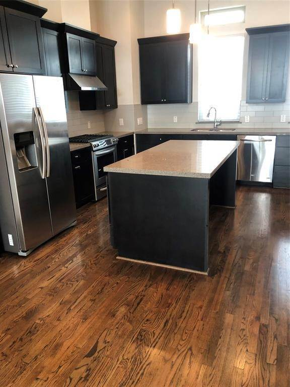 5. Condo / Townhouse for Rent at 1247 Bonner Street #A 1247 Bonner Street Houston, Texas 77007 United States