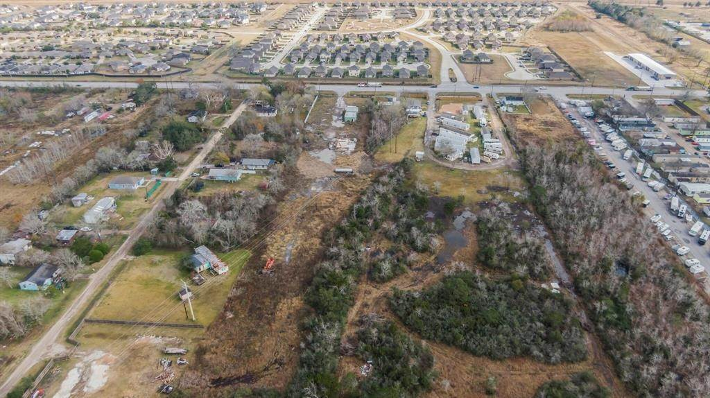 Land for Sale at 5320 Fm 2004 Road Hitchcock, Texas 77568 United States