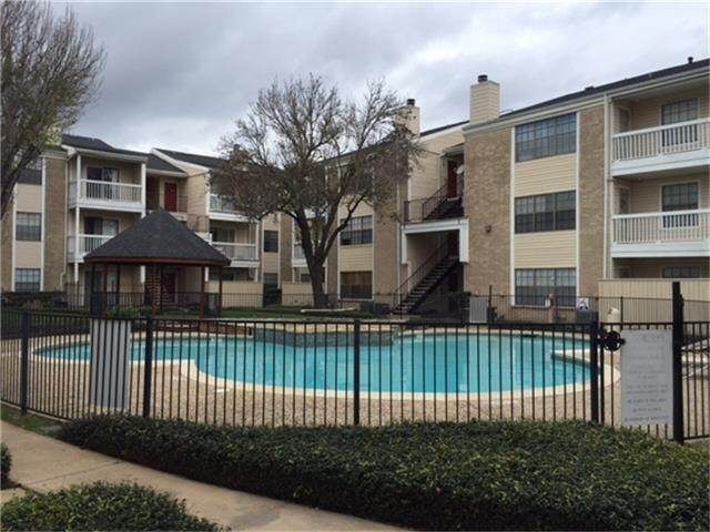 3. Condo / Townhouse for Rent at 2750 Holly Hall Street #1402 2750 Holly Hall Street Houston, Texas 77054 United States