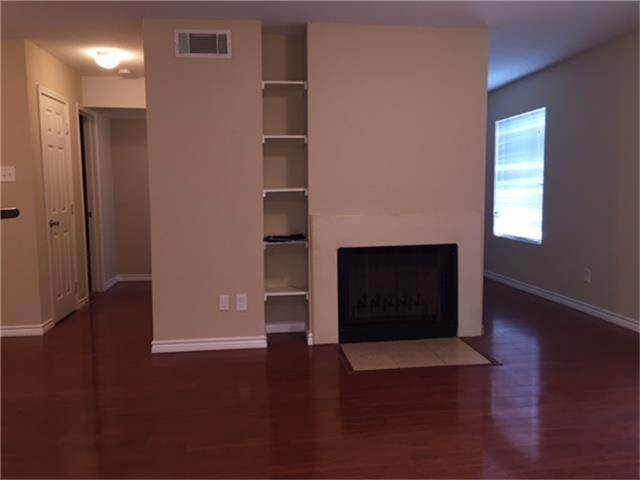 4. Condo / Townhouse for Rent at 2750 Holly Hall Street #1402 2750 Holly Hall Street Houston, Texas 77054 United States